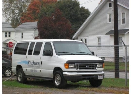 Premier Transportation Service Image 3