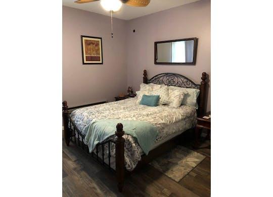 Manger Six Bedroom Website