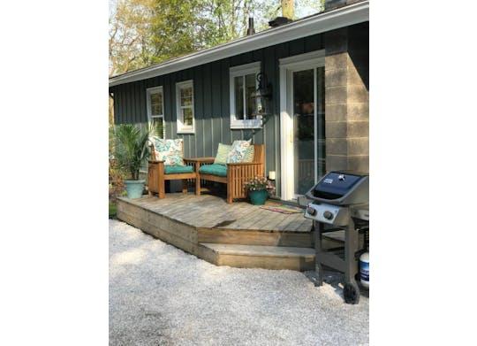 Poolside Cottage Website8