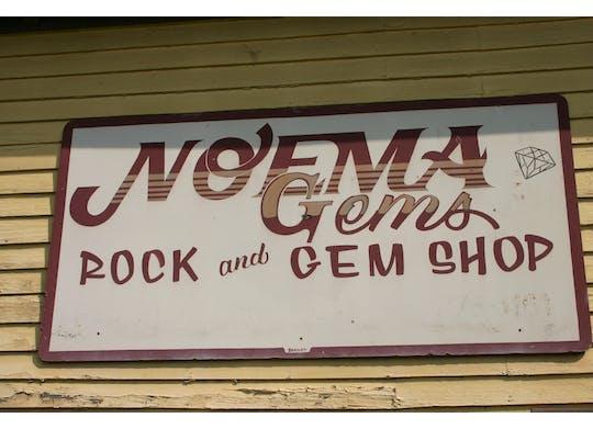 Noema Gems sign