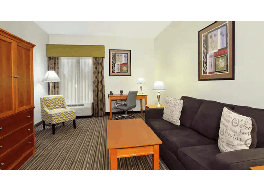 Hamptoninnashtabula Room2